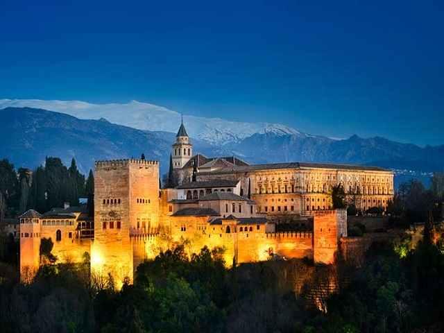 باغ های الحمرا در اسپانیا
